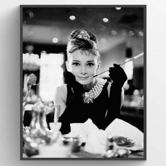 Audrey Hepburn - Breakfast at Tiffanys Poster wallsticker